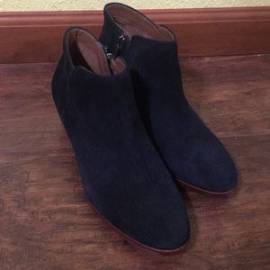 like new sam edelman suede booties